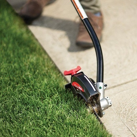 Using Gas Lawn Edger